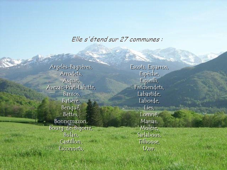 Petite région des Hautes-Pyrénées au sud d'une ligne Lannemezan - Bagnères-de-Bigorre. Petite région des Hautes-Pyrénées au sud d'une ligne Lannemezan