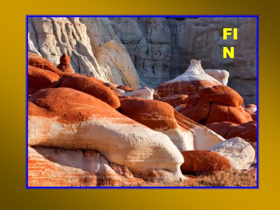 Bolivie - Vale de Luna (la vallée de la lune : un plateau dargile denviron 1,8 milliards dannées)