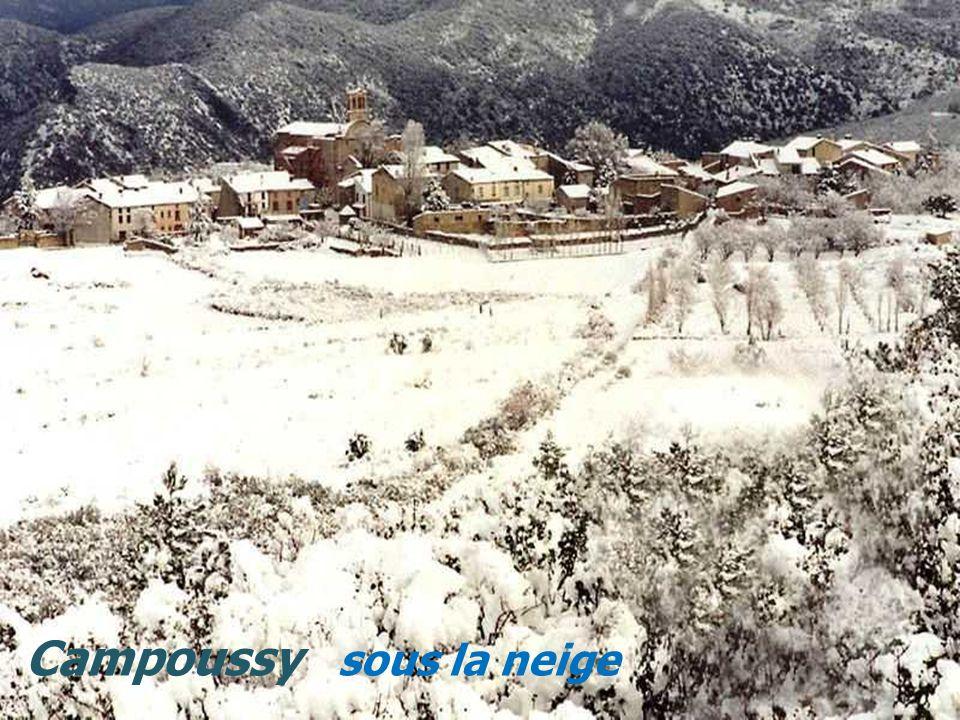 Font-Romeu-Odeillo le village Porté-Puymorens vue générale