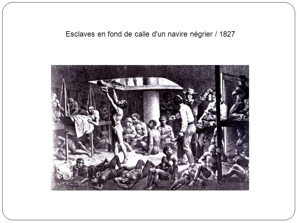 Esclaves africains contraints à danser sur le pont d'un navire négrier / début du 19e siècle