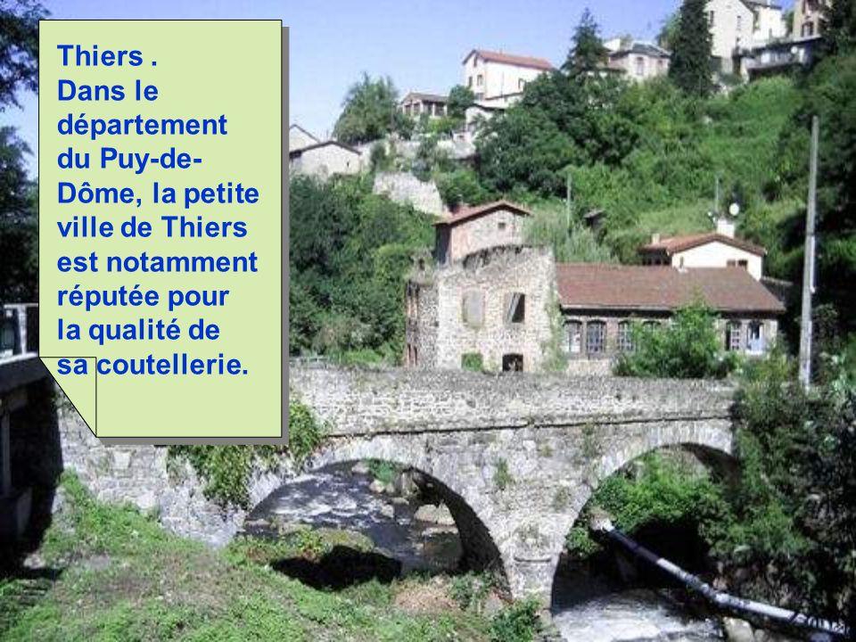 La-Roque-Gageac est peut-être le plus beau village de Dordogne.