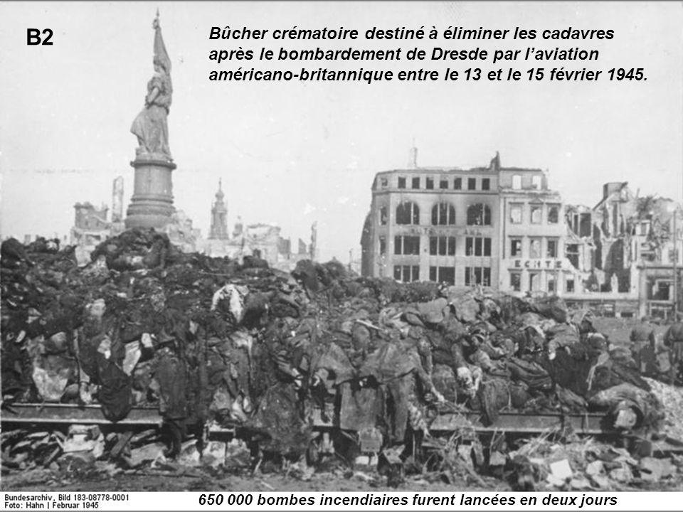 Bûcher crématoire destiné à éliminer les cadavres après le bombardement de Dresde par laviation américano-britannique entre le 13 et le 15 février 194
