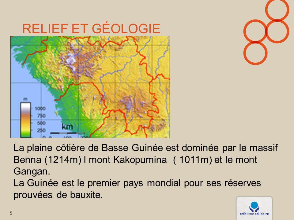 RELIEF ET GÉOLOGIE 5 La plaine côtière de Basse Guinée est dominée par le massif Benna (1214m) l mont Kakopumina ( 1011m) et le mont Gangan.