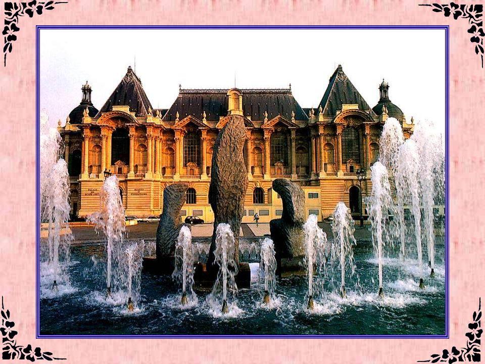 Le palais des Beaux - Arts de Lille (nord) Le Palais des Beaux-Arts constitue l'un premiers musées français en dehors de Paris, grâce à ses collection