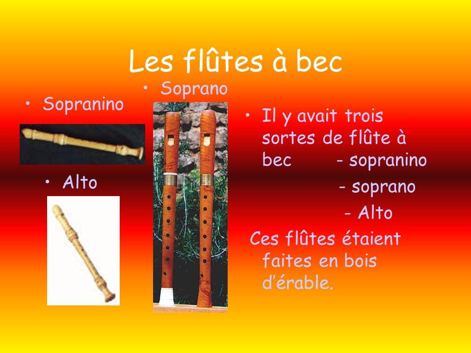 Le Oud Il a de 10 à 16 cordes et il est fait en bois, lépicéa. Cétait les trouvères qui jouaient de cet instrument vers lan 1150.