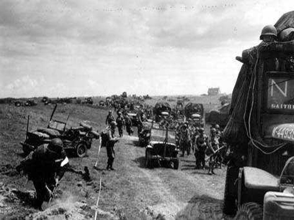 Les hommes de la 50ème division pénètrent vers l'intérieur de terres.