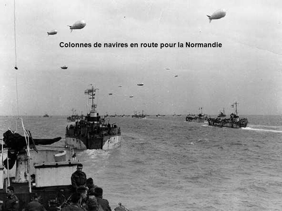 A 5h 45, la flotte ouvre le feu sur les défenses allemandes.