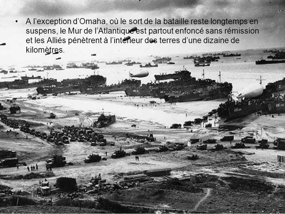 Au soir du 6 juin, 20 000 véhicules et 155 000 soldats ont été mis à terre (y compris les parachutistes). Les pertes (tués, blessés et disparus) sélèv