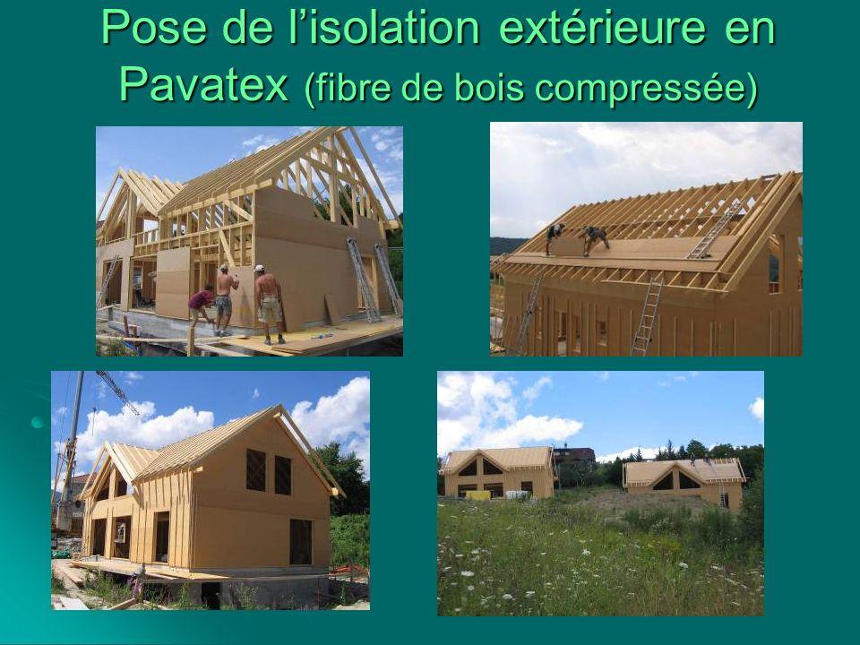 Pose de lisolation extérieure en Pavatex (fibre de bois compressée)