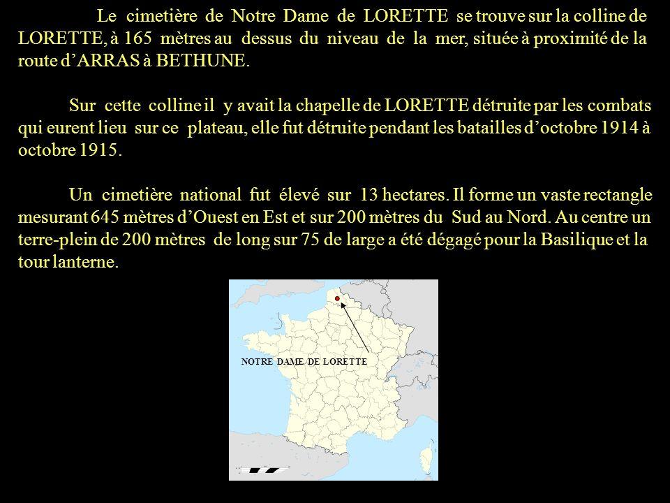 Les territoriaux des 58 e, 85 e, et 141 e R.T.I. ont enterrés sur cette colline les combattants, et lautorité militaire a regroupé les morts français