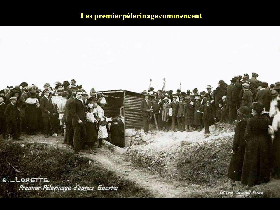 Une délégation de la municipalité de Marseille visite la colline de Lorette en 1918