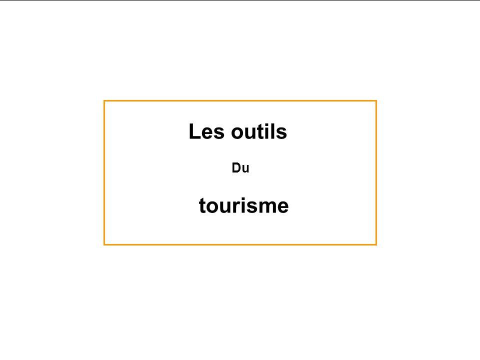 Les thèmes touristiques Le tourisme éthique Le tourisme de vision Le tourisme de petite chasse Les publics - Le tourisme « de luxe » - Le tourisme « c