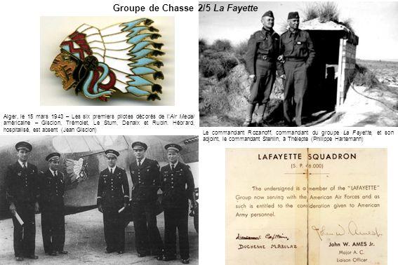 Le commandant Rozanoff, commandant du groupe La Fayette, et son adjoint, le commandant Stehlin, à Thélepte (Philippe Hartemann) Groupe de Chasse 2/5 L