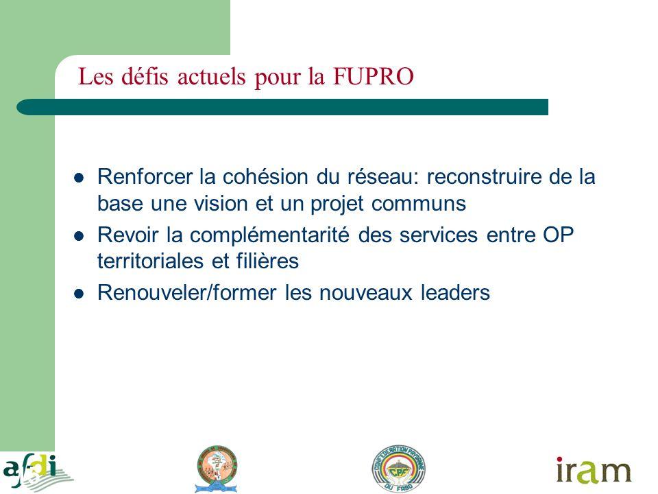 15 Les défis actuels pour la FUPRO Renforcer la cohésion du réseau: reconstruire de la base une vision et un projet communs Revoir la complémentarité des services entre OP territoriales et filières Renouveler/former les nouveaux leaders