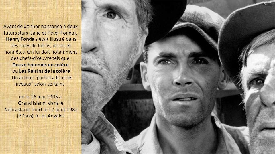 Un regard bleu azur dans lequel on rêve de se perdre, une prestance qui accroche la lumière et une humanité qui transparaît dans tous ses films.