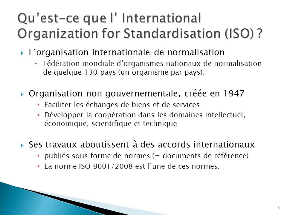 LISO 9001 appartient à la famille des ISO 9000, normes internationales Elle consiste à définir et mettre en place un Système de Management de la Qualité (SMQ), sappuyant sur une méthodologie rationnelle et formelle et centrée sur le client Cest une démarche volontaire Elle a un effet structurant : Elle a pour objectif la maîtrise des processus et leur efficacité Elle porte sur tous les processus ayant un impact sur la qualité du produit/service La cible visée est le client/ OD-AD Elle a pour finalité la confiance Loutil dévaluation est laudit qualité.