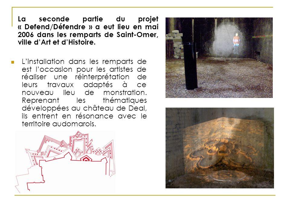 Linstallation dans les remparts de est loccasion pour les artistes de réaliser une réinterprétation de leurs travaux adaptés à ce nouveau lieu de monstration.