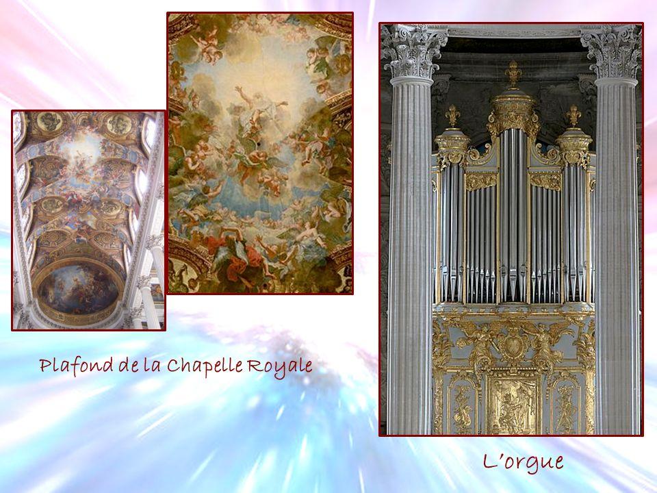 Plafond de la Chapelle Royale Lorgue