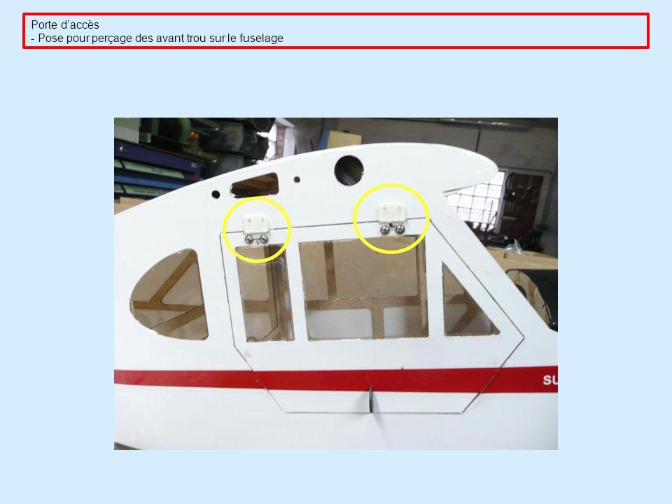 Porte daccès - Pose pour perçage des avant trou sur le fuselage
