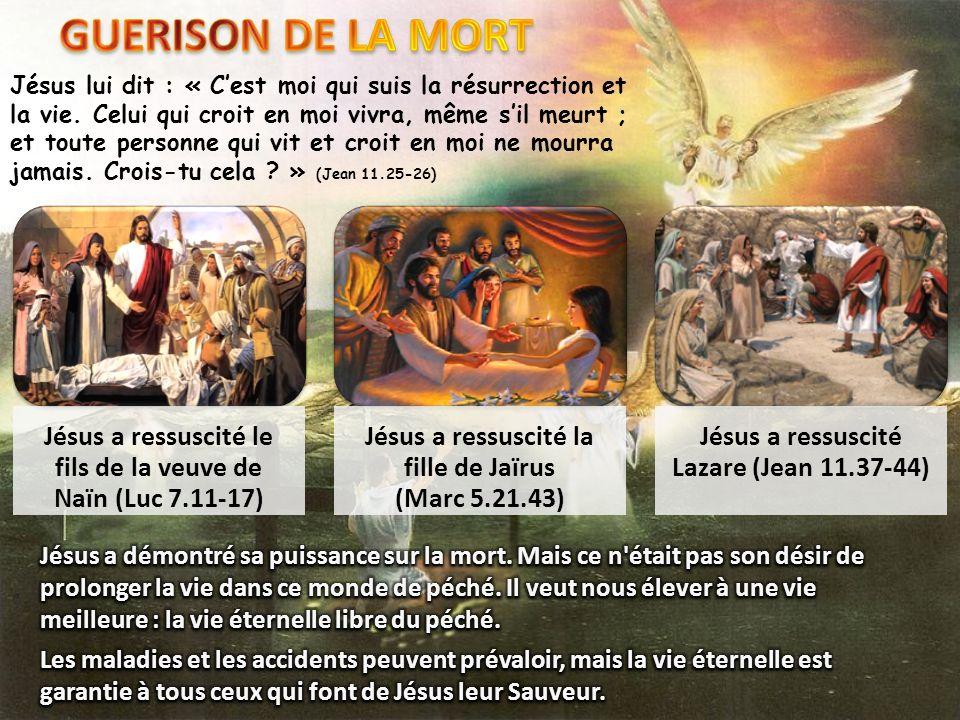 Jésus lui dit : « Cest moi qui suis la résurrection et la vie. Celui qui croit en moi vivra, même sil meurt ; et toute personne qui vit et croit en mo