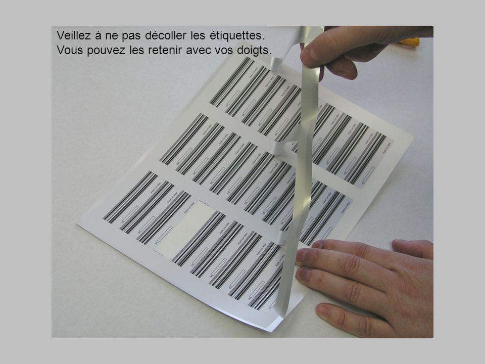 Scellez le joint avec une lisière de vernis à ongles transparent.