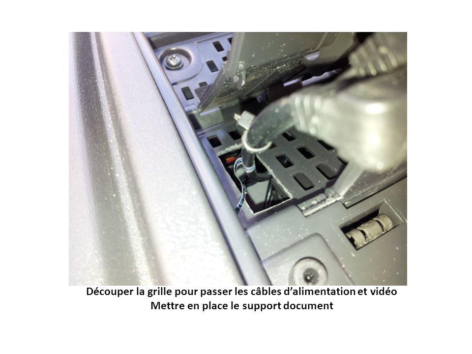 Découper le rack supérieur Brancher et installer le double interrupteur