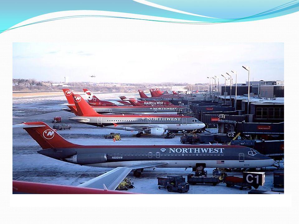 Mesure de sûreté Lentreprise de transport aérien, ou lentreprise opérant pour le compte de celle-ci est tenue de surveiller lappareil jusquà la prise en compte de celui-ci par léquipage.