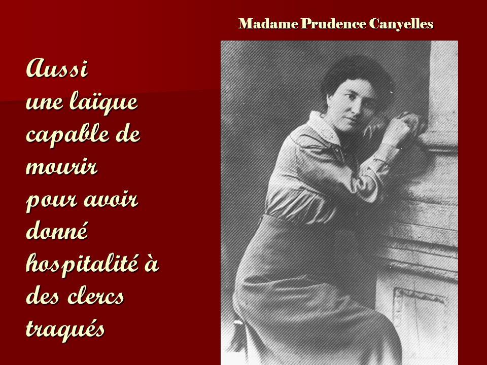 Avec eux, deux religieuses franciscaines Filles de la Miséricorde: Micheline Rullan Catherine Caldés