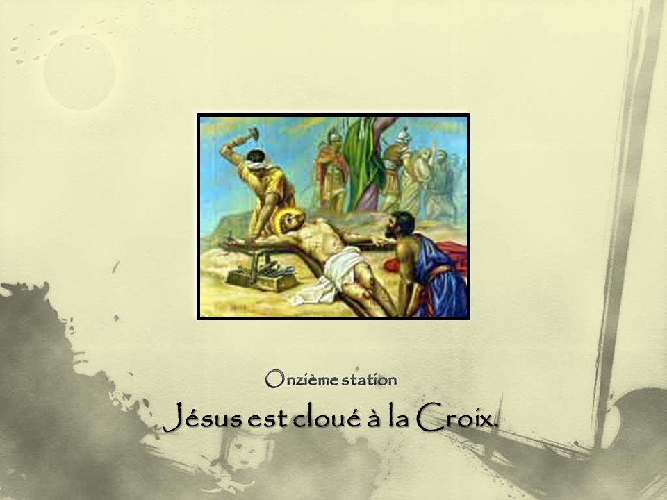 Jésus, pardon pour nous qui nous détournons « pudiquement« du petit, du marginal, du blessé, du prisonnier.