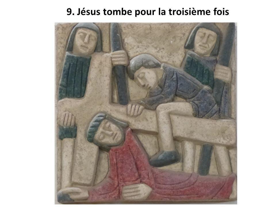 9. Jésus tombe pour la troisième fois