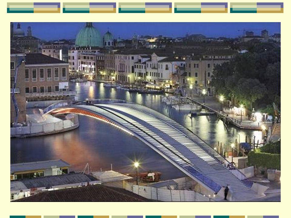 Le pont de la Constitution, un nouveau pont pour Venise Le pont de la Constitution est le quatrième ouvrage sur le Grand Canal de Venise. Ouvert en se