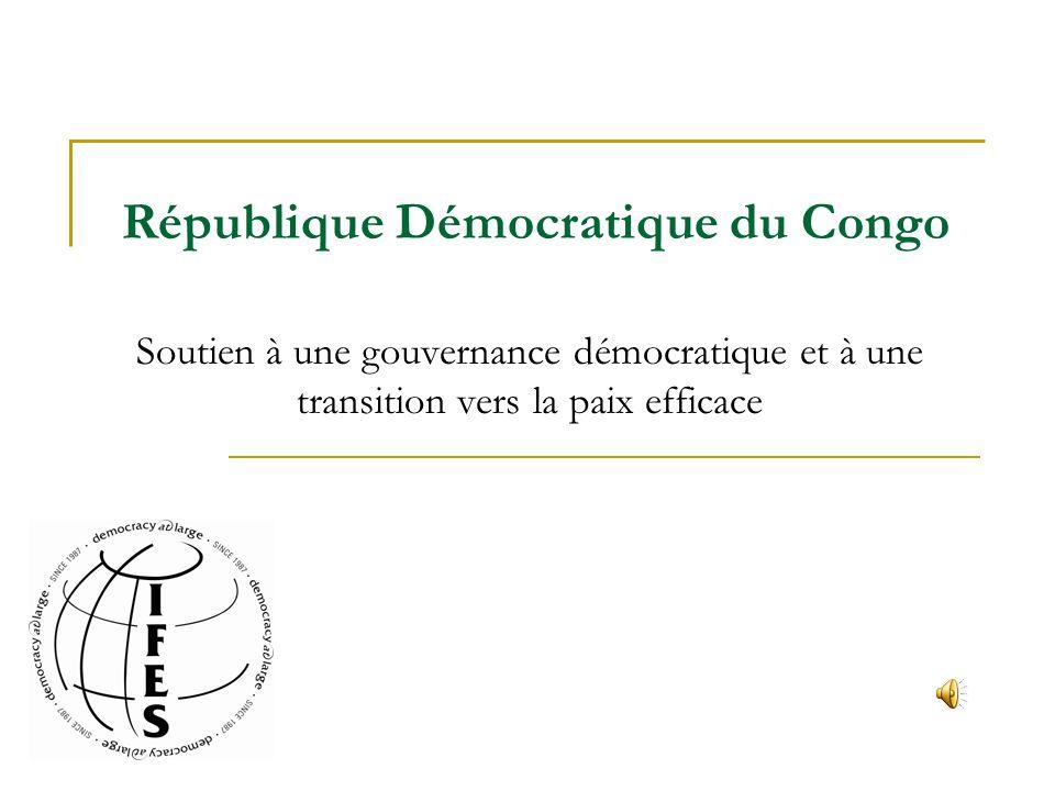 La RDC compte une population estimée de 28 électeurs, dont 200+ ethnicités et sétend sur un territoire du grandeur de lEurope de louest Devasté par les abus de la colonialisme, la dictature et la geurre civile, linfrastructure du pays ne peut soutenir la population croissante et les camps de 2.3 millions de personnes déplacées Un accord de partage du pouvoir a été signé en 2003, mettant ainsi fin à un conflit qui a coûté la vie à 3,5 millions de personnes depuis 1998 La stabilité économique et politique qui a suivi, bien que fragile, a permis lorganisation des premières élections démocratiques depuis 40 ans..
