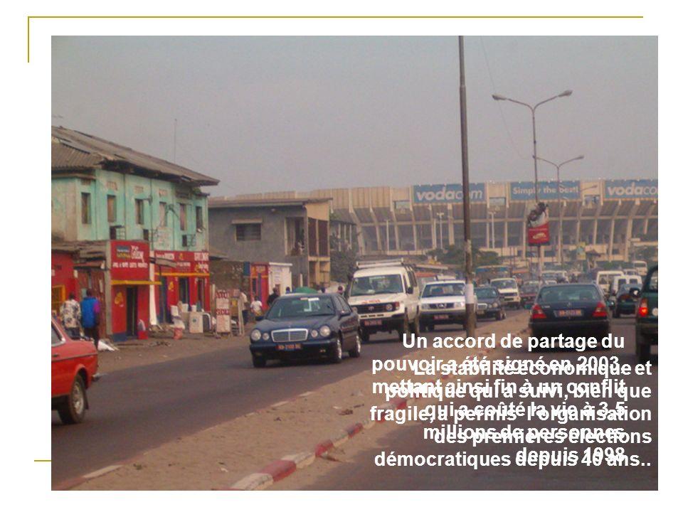 La RDC compte une population estimée de 28 électeurs, dont 200+ ethnicités et sétend sur un territoire du grandeur de lEurope de louest Devasté par le