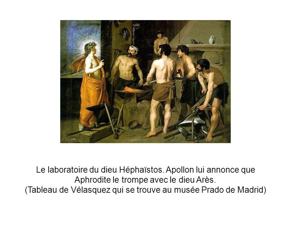 Le laboratoire du dieu Héphaïstos.Apollon lui annonce que Aphrodite le trompe avec le dieu Arès.