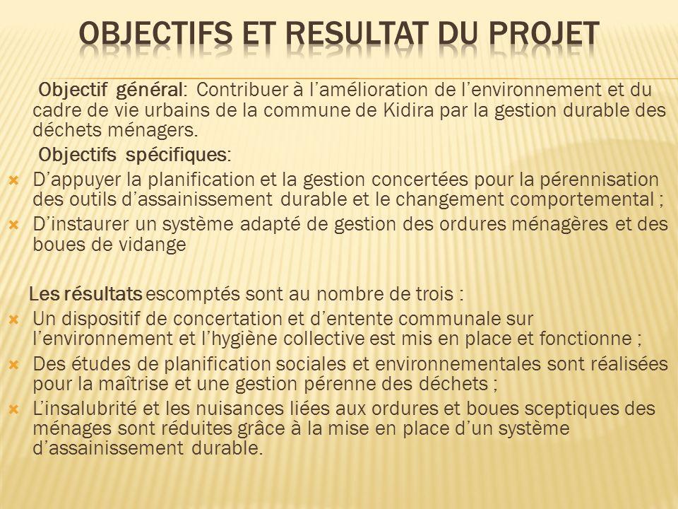 Le projet a quatre composantes avec des résultats correspondants et des indicateurs de vérification : Composante 0 : Gestion et Suivi-Evaluation du projet ; Dispositif de mise en œuvre et de suivi opérationnel du projet, constituant le cadre institutionnel Composante 1 : Concertation communale ; Dispositif de concertation et dentente communal sur lenvironnement et lhygiène collective est mis en place (forums de lancement et de clôture, plan IEC, CCC) Composante 2 : Etudes et Planification environnementales ; Diagnostic socio environnemental, études de faisabilité et dimpacts, plan dactions sectoriels Composante 3 : Système dAssainissement Durable ; linsalubrité et les nuisances liées aux ordures et boues sceptiques des ménages sont réduites par un système dassainissement durable (dotation de citernes de vidange, de charrettes, de bacs à ordures ; identification dopérateurs dassainissement et signature de contrats de concession)