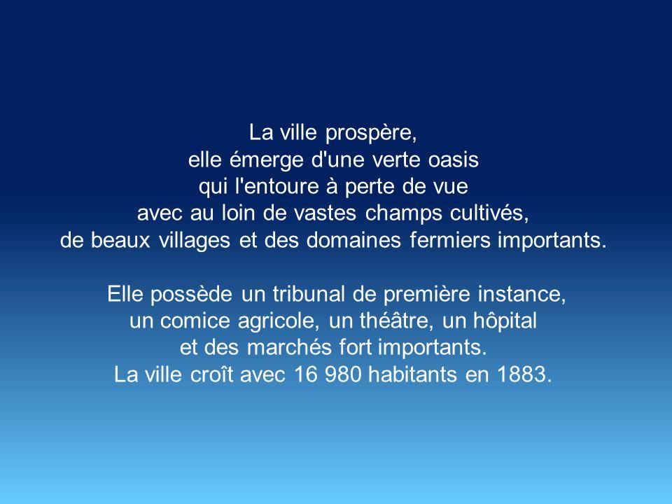 Le premier maire de la ville est monsieur Roubière en 1870. En 1881, Sidi-Bel-Abbès ou Monseigneur Bel-Abbès comme la dénomment les colons français, e