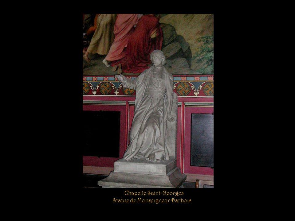 Chapelle Saint-Georges et sa statue