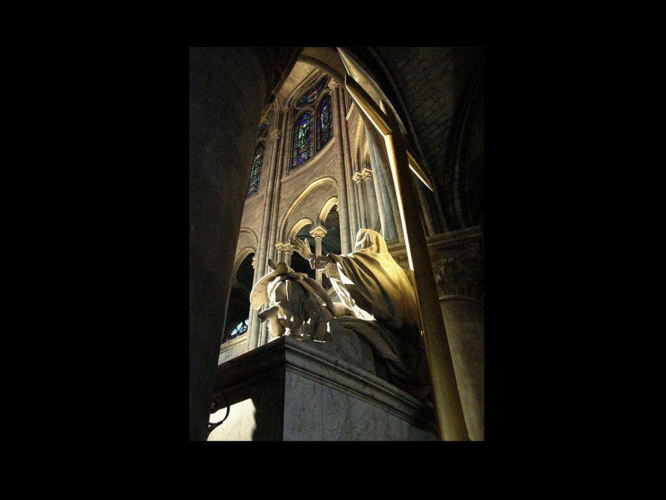 La Pieta dans labside du choeur