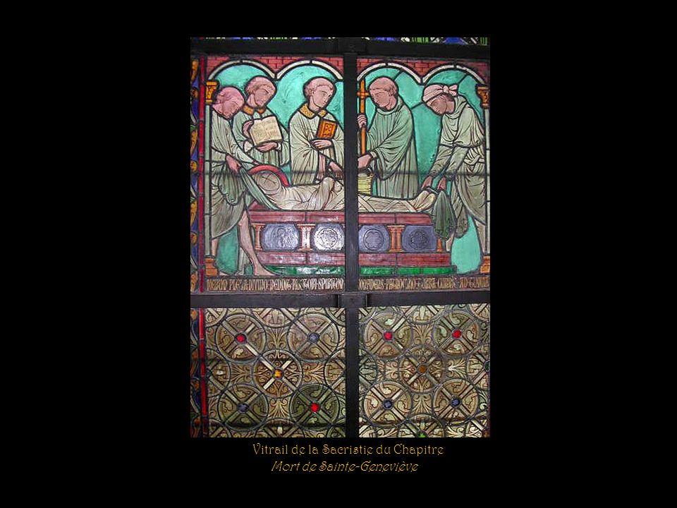 Vitrail de la Sacristie du Chapitre Sainte Geneviève obtient, par sa prière, que la pluie séloigne des récoltes
