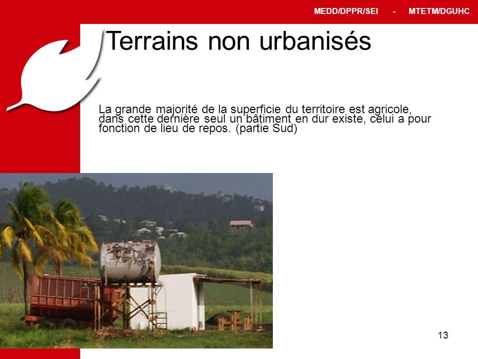 PPRT MEDD/DPPR/SEI - MTETM/DGUHC 13 Terrains non urbanisés La grande majorité de la superficie du territoire est agricole, dans cette dernière seul un