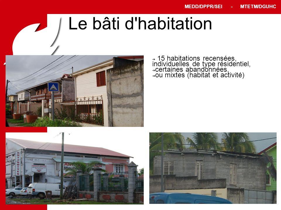 PPRT MEDD/DPPR/SEI - MTETM/DGUHC 8 Le bâti d'habitation 15 habitations recensées, individuelles de type résidentiel, certaines abandonnées, ou mixtes