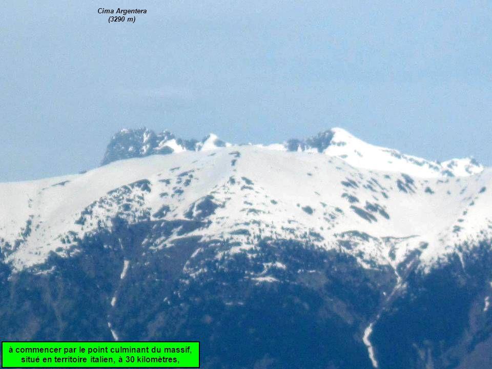 à commencer par le point culminant du massif, situé en territoire italien, à 30 kilomètres, Cima Argentera (3290 m)