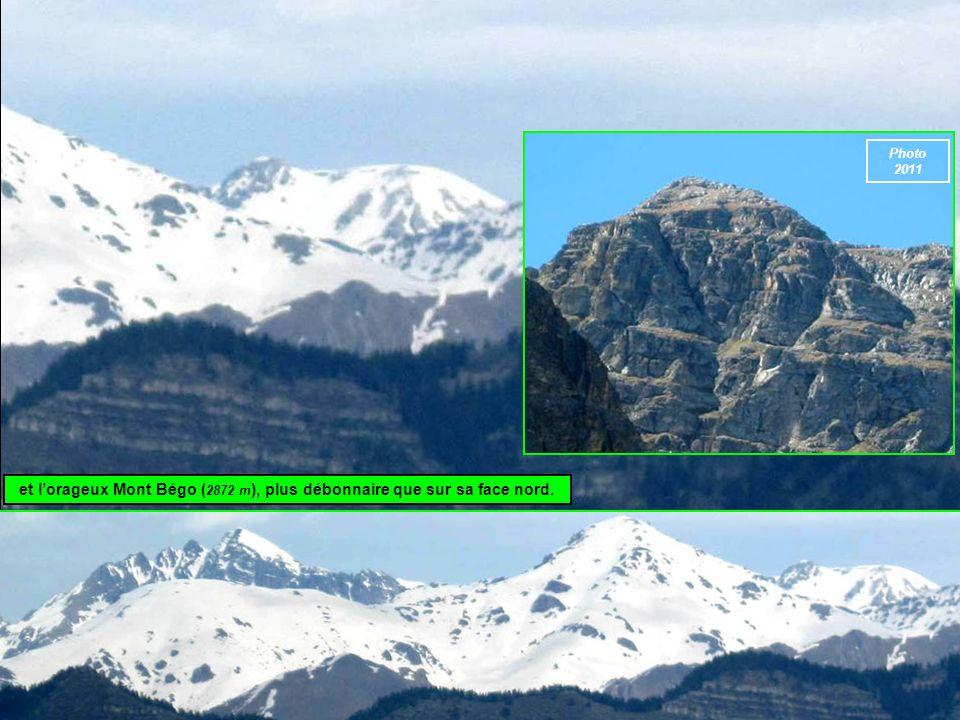et lorageux Mont Bégo ( 2872 m ), plus débonnaire que sur sa face nord. Photo 2011