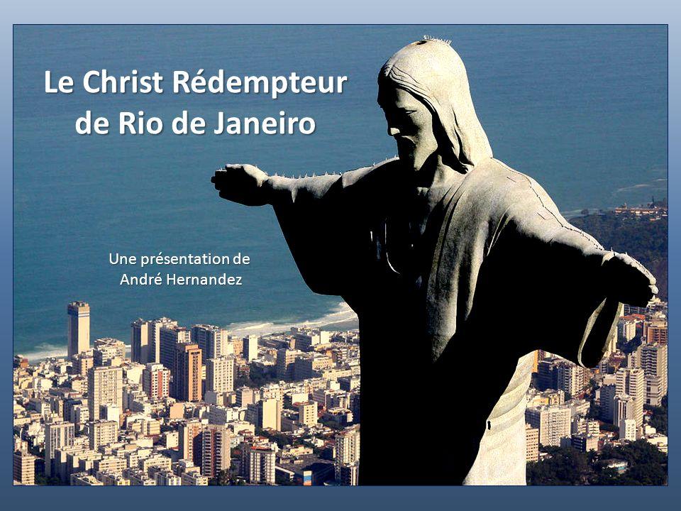 El Cristo de la Concordia est le Christ rédempteur qui culmine à 265 m au-dessus de la ville de Cochabamba en Bolivie.
