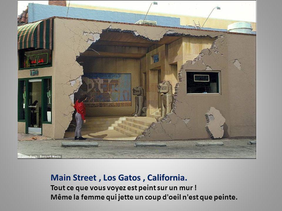 Main Street, Los Gatos, California.Main Street, Los Gatos, California.