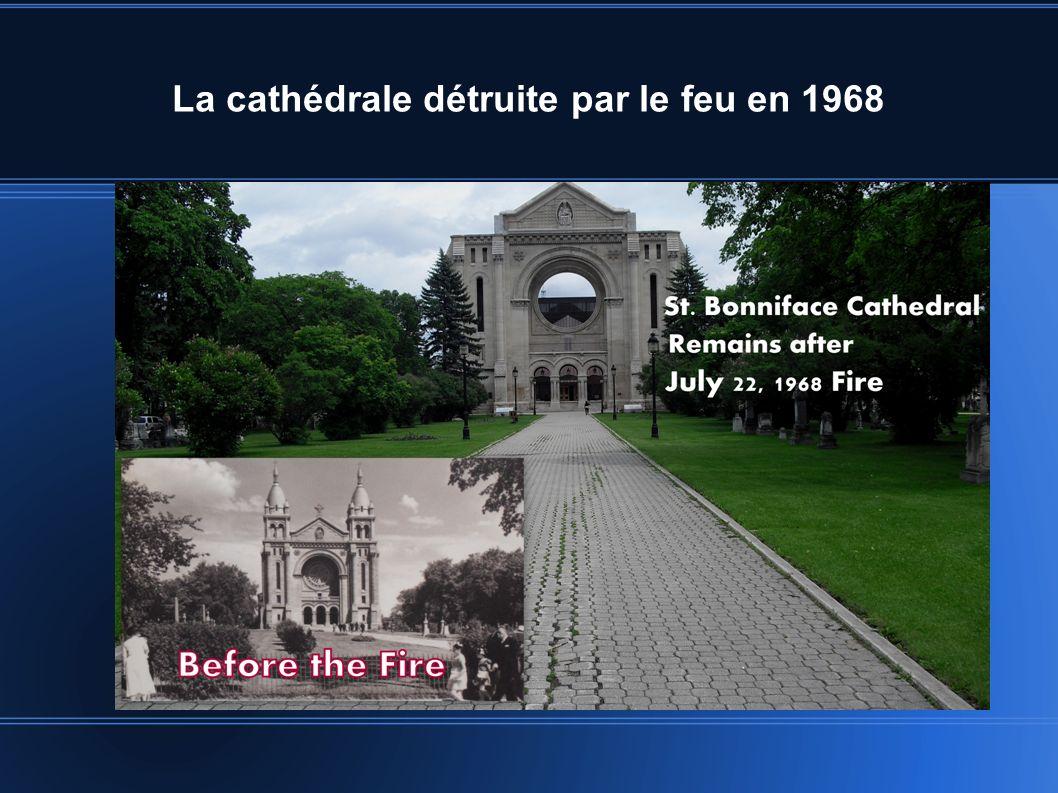 La cathédrale détruite par le feu en 1968