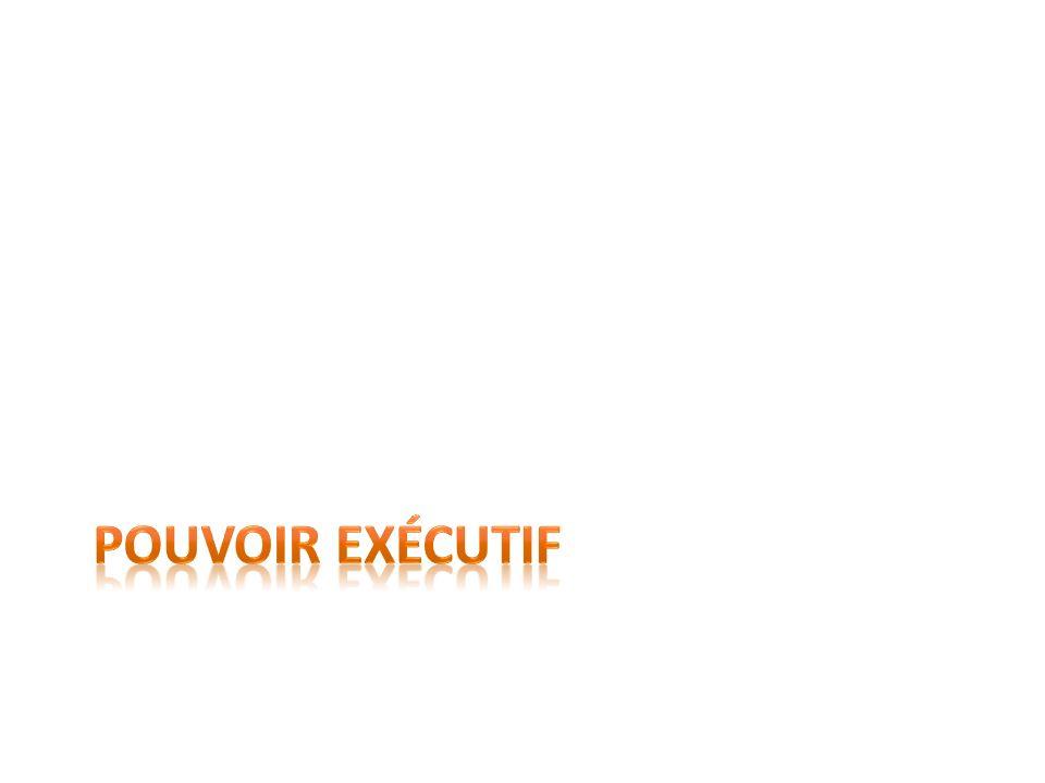 Définition de pouvoir exécutif Un des trois pouvoirs de lÉtat.