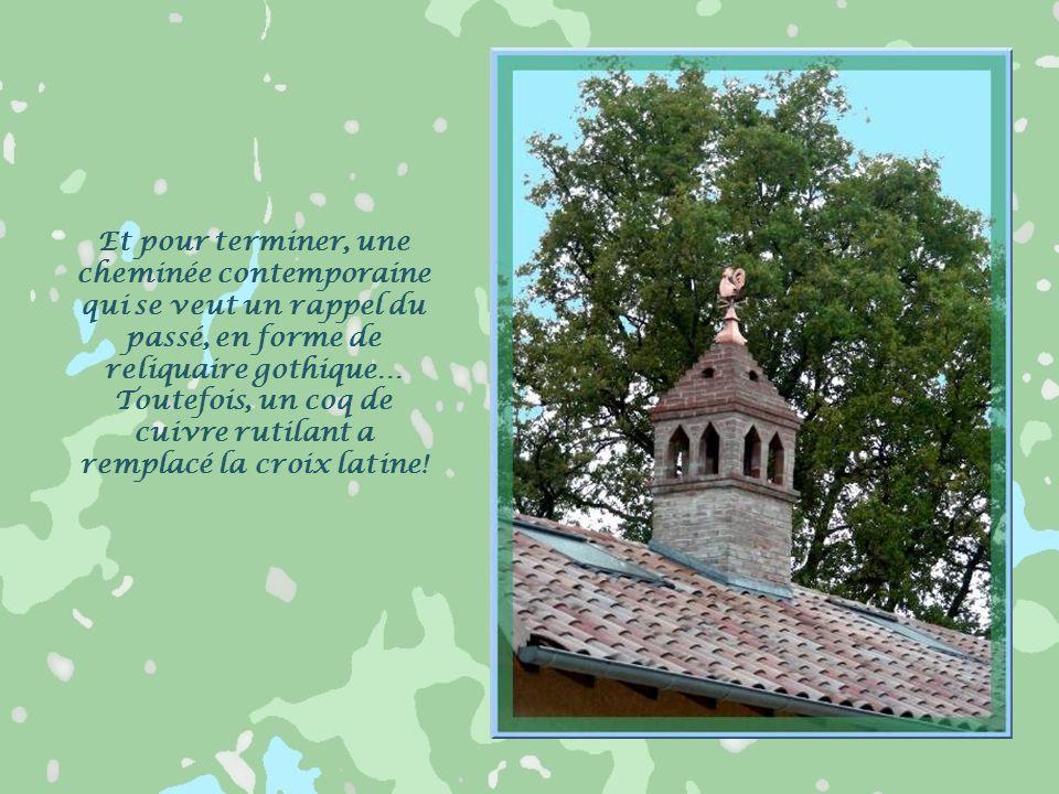 Le Musée du Terroir, de Romenay, est installé dans la ferme du champ bressan. Sa cheminée sarrasine carrée est lune des trois qui subsistent en Bresse