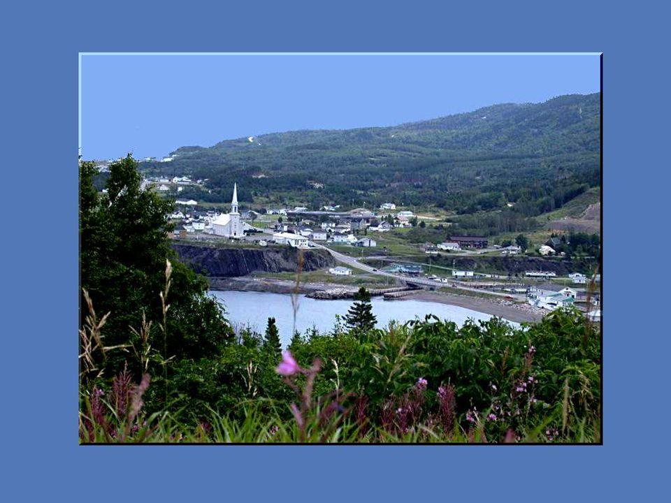 Cest un pays de mer, de montagnes, de vallées profondes et de vastes forêts boréales aux essences parfumées.