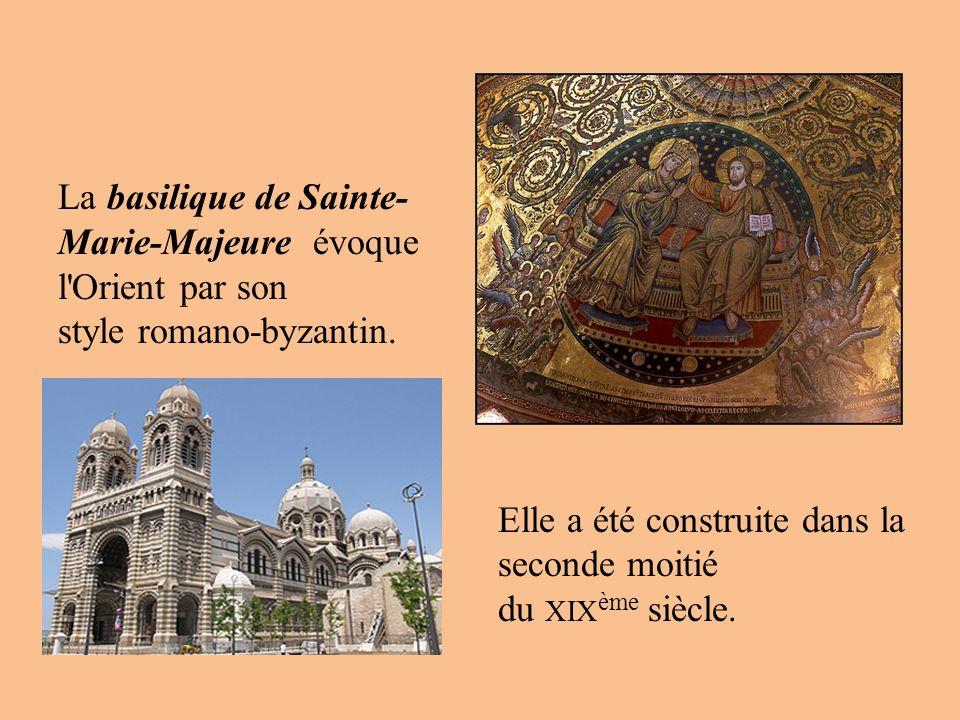 La basilique de Sainte- Marie-Majeure évoque l'Orient par son style romano-byzantin. Elle a été construite dans la seconde moitié du XIX ème siècle.